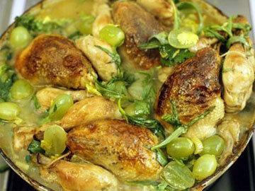 Курица с виноградом