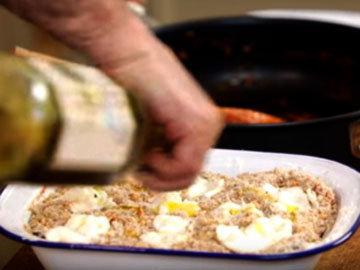 Сбрызнуть оливковым маслом