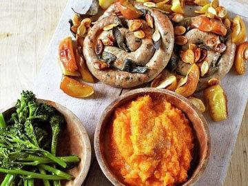 Тыквенное пюре и колбаски