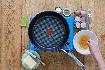 Как сделать идеальную яичницу - шаг 2