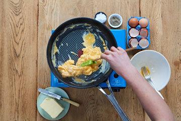 Как сделать идеальную яичницу - шаг 6