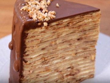 торт из блинов, который украсит праздничный стол на Масленицу