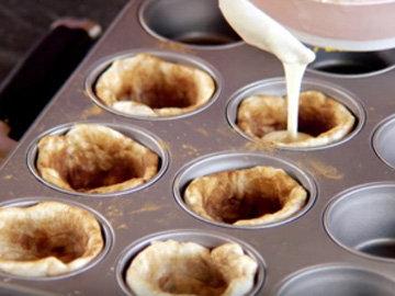 заполнить пирожные кремом 2