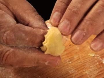 Как готовить домашние тортеллини 4