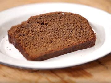 Темный липкий торт