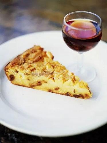 Яблочный пирог в духовке (Bustrengo)