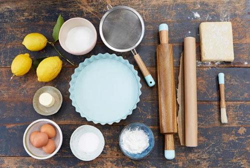 Пирог с лимонным курдом и безе 1