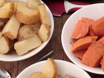3. картофель разложить по мискам