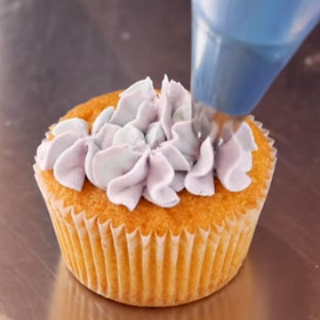 Как украсить капкейки цветами гортензии 3