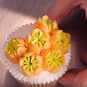 цветы из крема 5