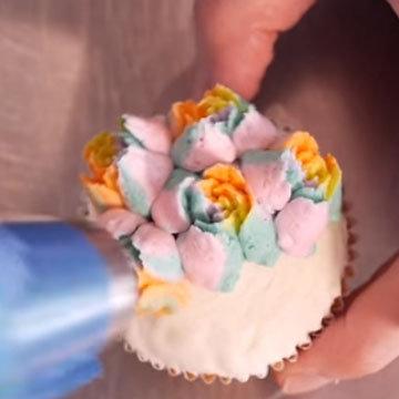 цветы из крема 7