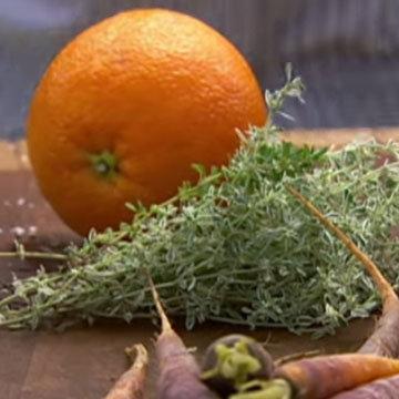 отжать апельсиновый сок