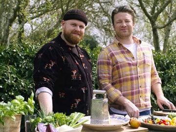 Jamie-Oliver-amp-Tom-Walker