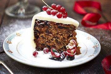 богатый, насыщенный, фруктовый и ароматный пирог