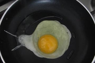 Вариант с жареным яйцом 1