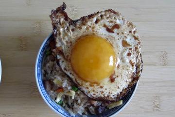 Вариант с жареным яйцом 3