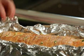 Домашний хлеб с чесноком 4