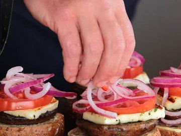 Как приготовить гамбургеры с грибами 9