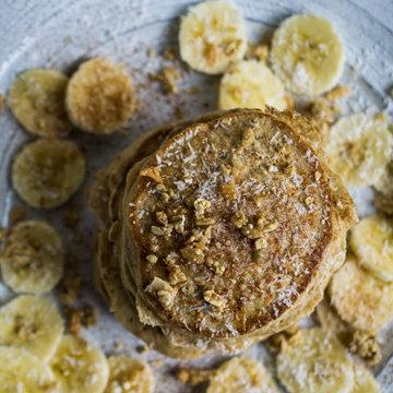 Лучшие цельнозерновые блины с бананами и кокосом и мюсли 1