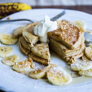 Лучшие цельнозерновые блины с бананами и кокосом и мюсли 2