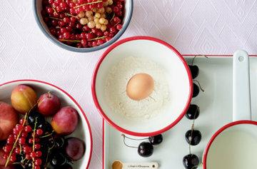 Простой рецепт блинов по-фински с лимоном и красной смородиной 1