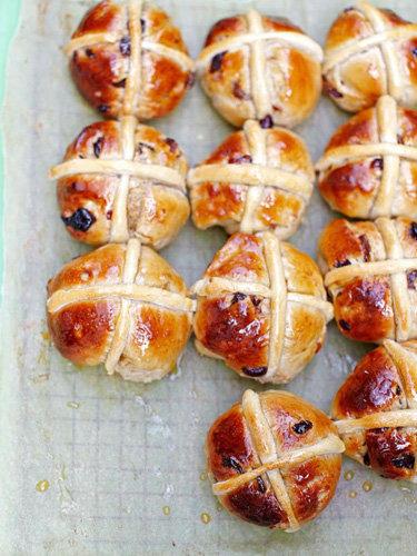 Крестовые булочки к Пасхе