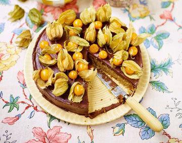 торт Медовик с орехами