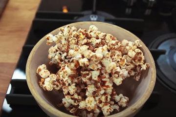 4. Полезные рецепты для детей 100-ккал перекус из попкорна