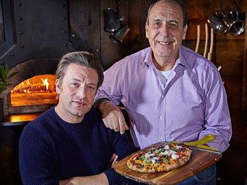 Женнаро и Джейми готовят пиццу рецепт как в пиццерии