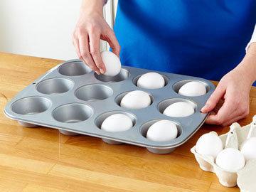 Лайфхак - как сварить много яиц вкрутую одновременно