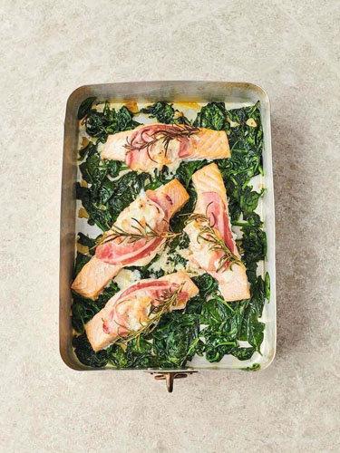 Как приготовить филе лосося, запеченное в духовке