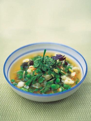 Весенний постный суп с капустой