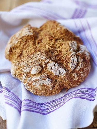 Джейми предлагает несколько рецептов содового хлеба
