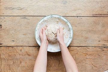 Как приготовить бездрожжевой хлеб 5