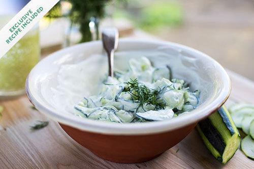 Салат из огурцов свежих